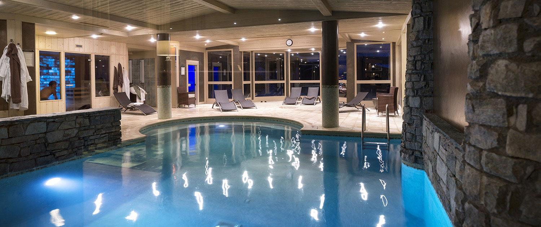 Espace bien-être et piscine à l'Oxalys